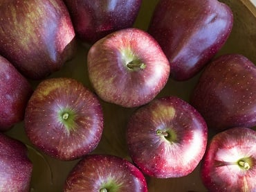 Delicious and beautiful: the 10 virtues of an apple